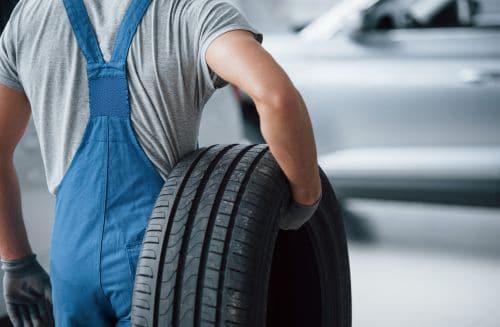 automonteur mag bijverdienen in de bijstand